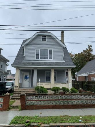 Rent this 6 bed house on Village Rd in Jamaica, NY
