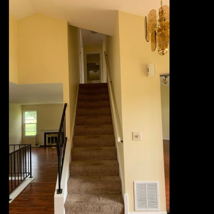 Rent this 3 bed house on 1028 John Drive in Hoffman Estates, IL 60169