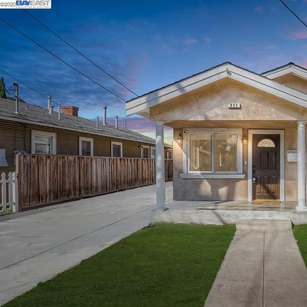 Rent this 4 bed house on 911 Harliss Avenue in San Jose, CA 95110