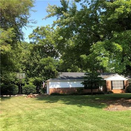 Rent this 3 bed apartment on 112 McAlway Road in Charlotte, NC 28211