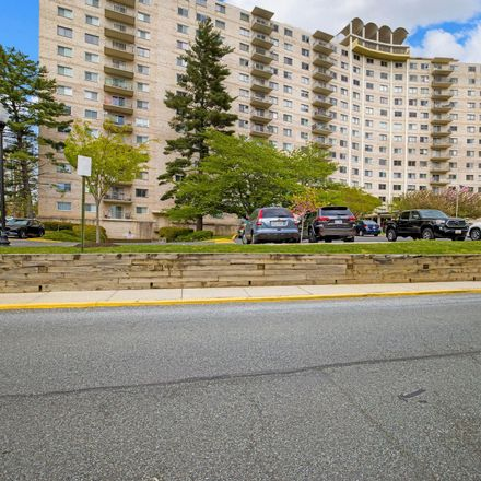 Rent this 2 bed condo on University Blvd W in Silver Spring, MD
