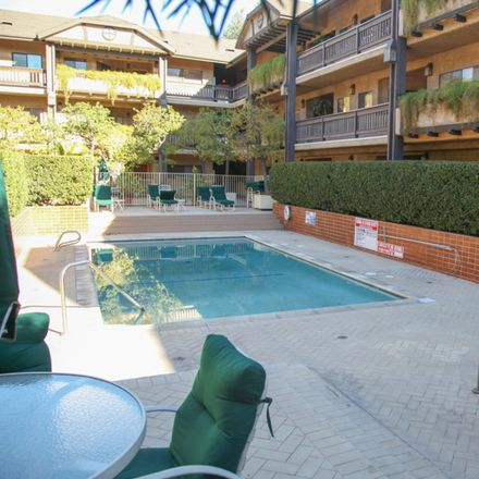 Rent this 3 bed condo on 10945 Hortense St in North Hollywood, CA