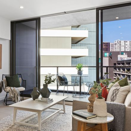 Rent this 1 bed apartment on 503/850 Bourke Street