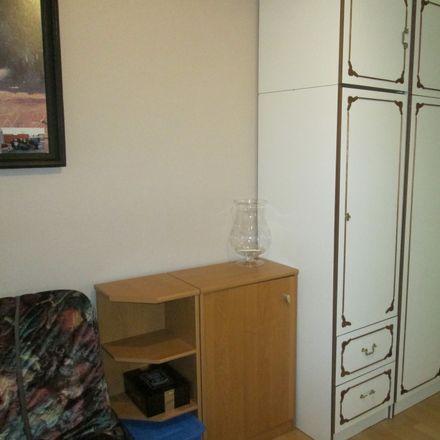 Rent this 6 bed room on Kasztanowa in 85-605 Bydgoszcz, Polska