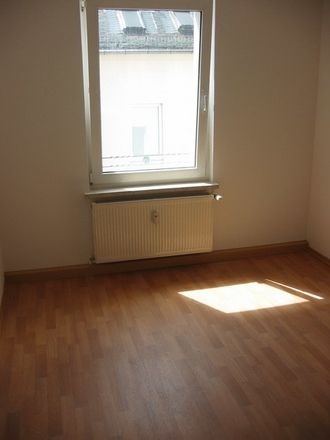 Rent this 2 bed apartment on Auestraße 25 in 08371 Glauchau, Germany