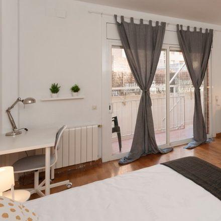 Rent this 5 bed apartment on Escola Bressol Manigua in Carrer de Garcilaso, 232