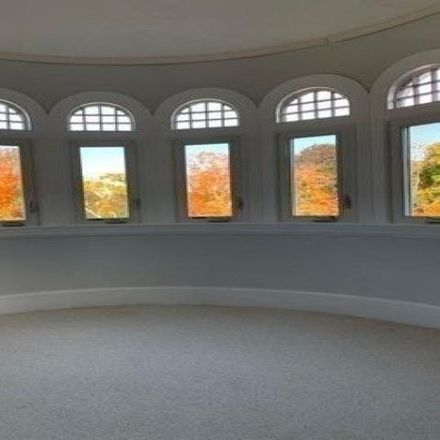 Rent this 2 bed condo on 111 Chestnut Street in Haverhill, MA 01830