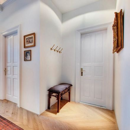 Rent this 2 bed apartment on Budapest in Irányi u., Hungría