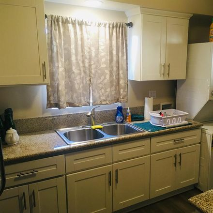 Rent this 1 bed room on 2460 North Lincoln Avenue in Altadena, CA 91001