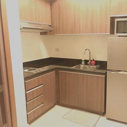 Rent this 1 bed condo on Starbucks in Sapphire Road, Pasig