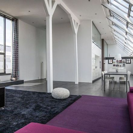 Rent this 2 bed apartment on Groenburgwal 14-H in 1011 HV Amsterdam, Netherlands