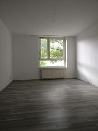 Rent this 3 bed apartment on Bochumer Landstraße 253 in 45279 Essen, Germany