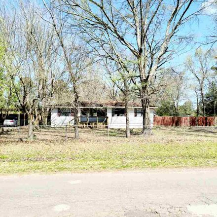 Rent this 3 bed house on 3305 Peavine Road in Kilgore, TX 75662