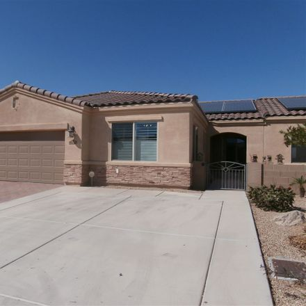 Rent this 3 bed townhouse on 6124 East Overlook Lane in Yuma, AZ 85365