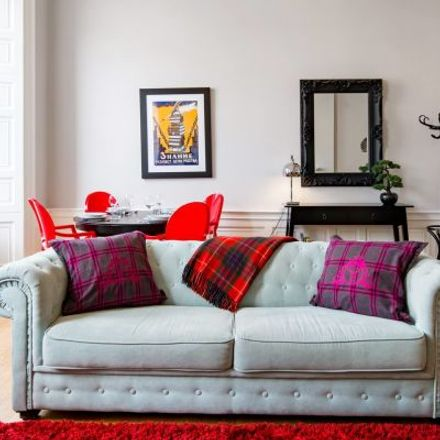 Rent this 2 bed apartment on 17 York Place in City of Edinburgh, EH1 3EB