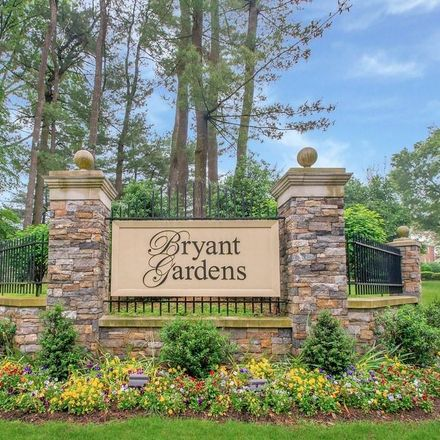 Rent this 2 bed condo on 1 Bryant Crescent in White Plains, NY 10605