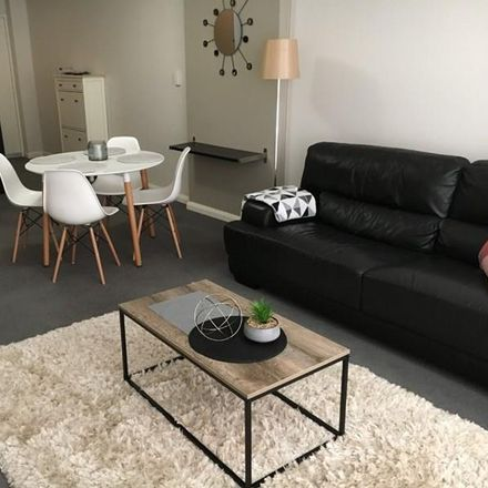 Rent this 2 bed apartment on 2D/811 Hay Street