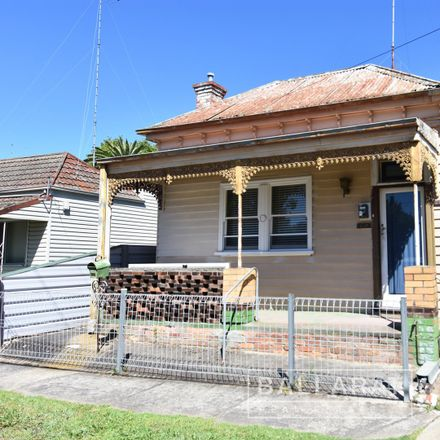Rent this 3 bed house on 38 Anderson Street West