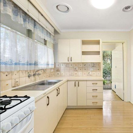 Rent this 2 bed apartment on 6/9 Eddy Street