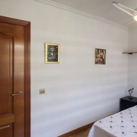 Rent this 5 bed apartment on Calle Segunda in 28001 Madrid, Spain