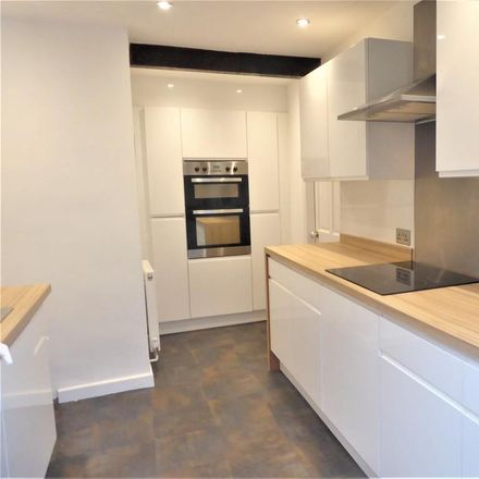 Rent this 3 bed house on Park View in Leeds LS28 7RJ, United Kingdom