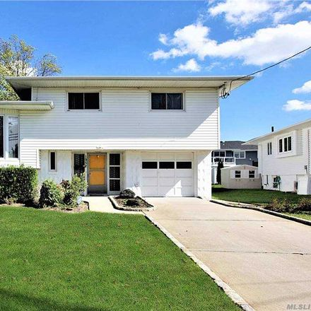 Rent this 4 bed house on 1958 Lowell Lane in Merrick, NY 11566