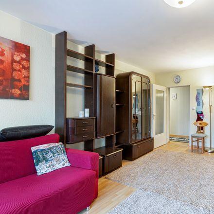 Rent this 4 bed apartment on Wilhelm-Liebknecht-Straße 4 in 28329 Bremen, Germany