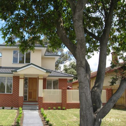 Rent this 3 bed house on 1/49 Parer Street