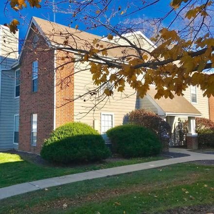 Rent this 1 bed apartment on BEER NUTS Plant & Company Store in 103 North Robinson Street, Bloomington