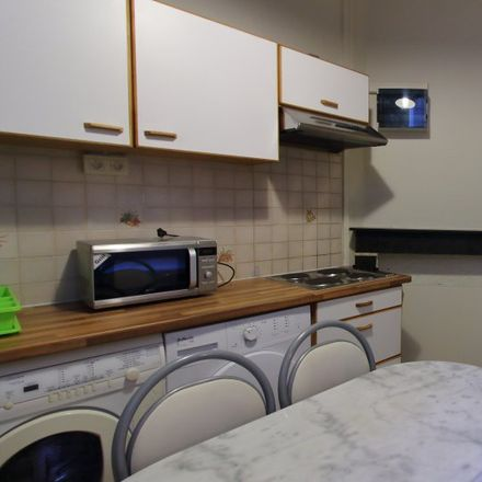 Rent this 2 bed apartment on Boulevard Emile Jacqmain - Emile Jacqmainlaan 127 in 1000 Ville de Bruxelles - Stad Brussel, Belgium