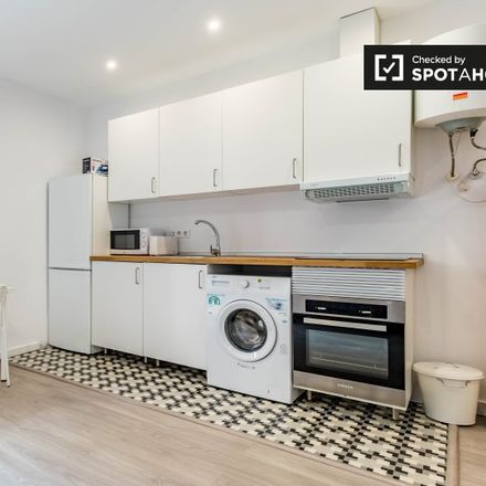 Rent this 2 bed apartment on Carrer de Na Jordana in 4600 Valencia, Spain