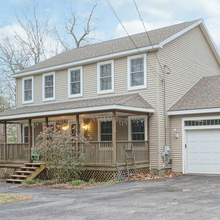 Rent this 3 bed house on 94 Madison Drive in Naples, ME 04055