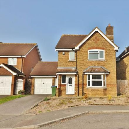 Rent this 3 bed house on Shearwater Avenue in Fareham PO16 8YQ, United Kingdom