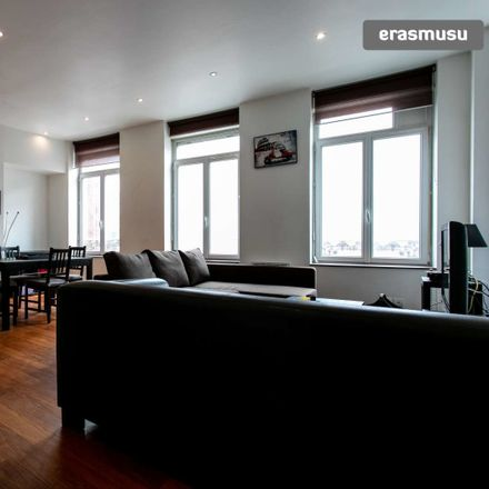 Rent this 1 bed apartment on Rue du Priez in 59800 Lille, France