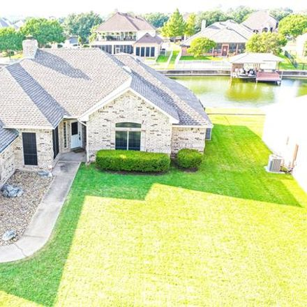 Rent this 3 bed house on 1108 Canvasback Drive in Granbury, TX 76048