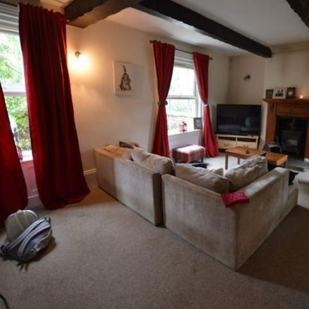 Rent this 5 bed townhouse on Chapel Street in Melton NG13 0HE, United Kingdom