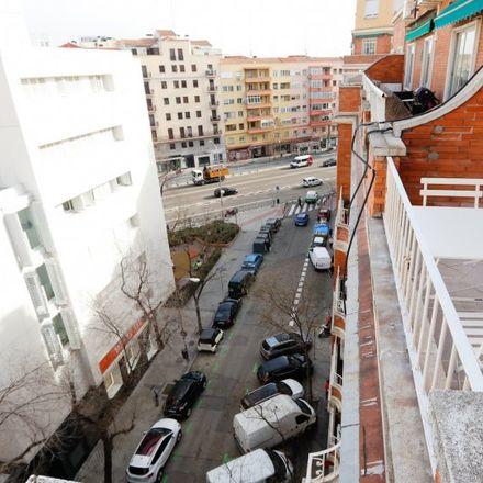 Rent this 3 bed apartment on Calle del General Díaz Porlier in 103, 28006 Madrid