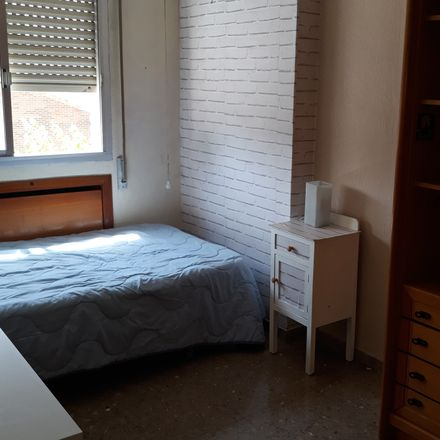 Rent this 4 bed room on Ronda Norte in 30009 Murcia, España