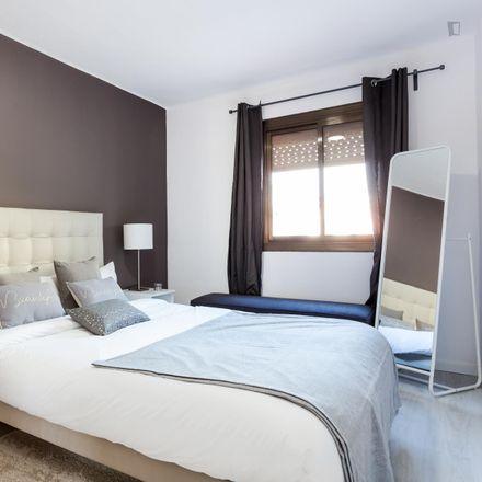 Rent this 3 bed apartment on IES Eduard Fontserè in Carrer de les Mimoses, 29-31