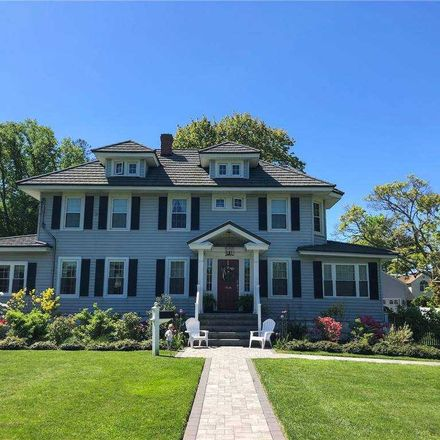 Rent this 4 bed house on 119 Union Avenue in Amityville, NY 11701
