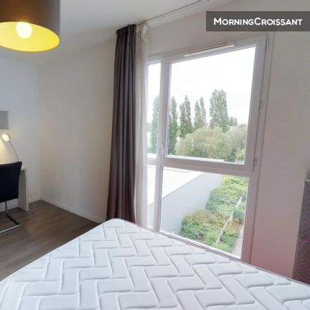 Rent this 0 bed room on 34 Rue de la Longue Chasse in 59300 Valenciennes, France