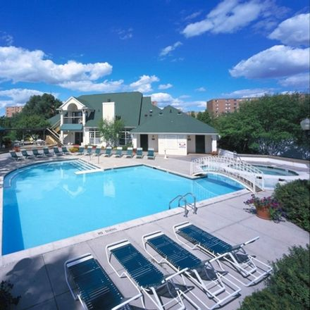 Rent this 2 bed apartment on Franklin Road in Southfield, MI 48034