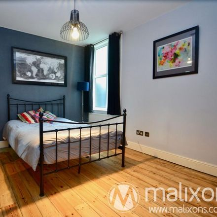 Rent this 4 bed apartment on Streatham Hill Station in Streatham Hill, London SW16 1BS