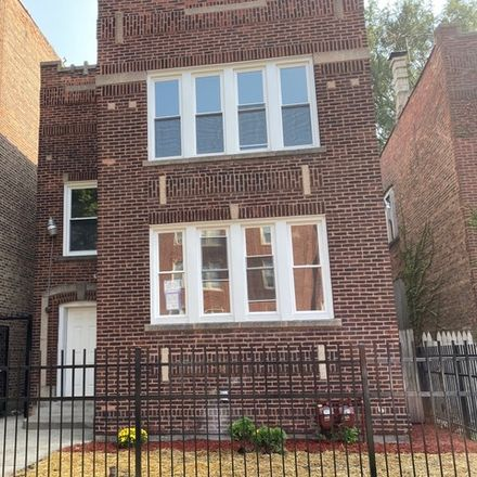 Rent this 6 bed duplex on 8005 South Maryland Avenue in Chicago, IL 60619