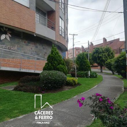 Rent this 3 bed apartment on Renovemos Espacios in Avenida Calle 134, Localidad Usaquén