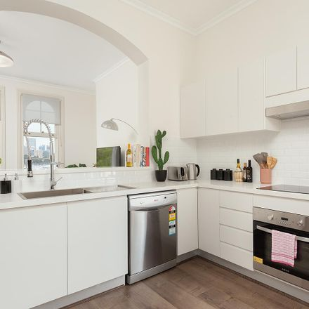 Rent this 1 bed apartment on 3/73 Windmill St