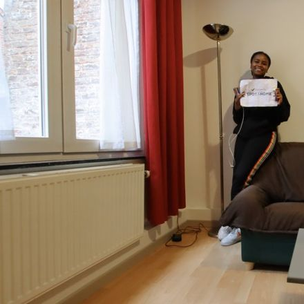 Rent this 1 bed apartment on Chaussée Saint-Pierre - Sint-Pieterssteenweg 265 in 1040 Etterbeek, Belgium
