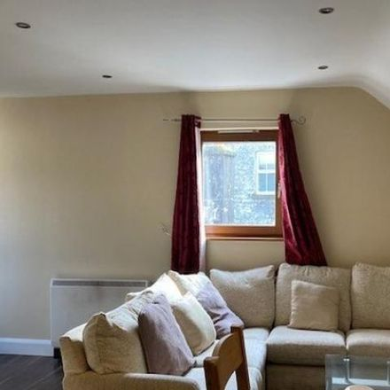 Rent this 2 bed apartment on Mall Mews in Rock Square, Gorteendrunagh