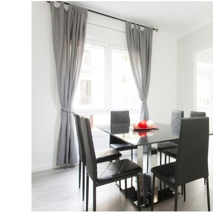 Rent this 3 bed apartment on Carrer d'Alfons XII in 61, 08006 Barcelona