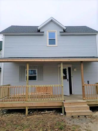 Rent this 3 bed house on 201 Lincoln Avenue in North Tonawanda, NY 14120